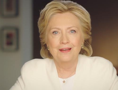 Pourquoi Hillary Clinton a-t-elle choisi la symbolique du blanc pour son ultime vidéo pré-élection présidentielle?